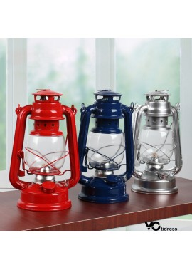 Nostalgic Retro Wrought Iron Kerosene Lamp Ornaments Approximately 25CM High And 15.5CM Wide And 11.5CM In Diameter At The Bottom