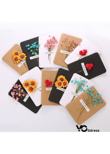 Handmade Dried Flowers Greeting Card