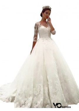 Votidress 2020 Vintage Princess Lace Winter Ball Gowns